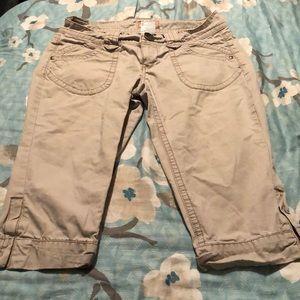 5/$20 Size 9 capris